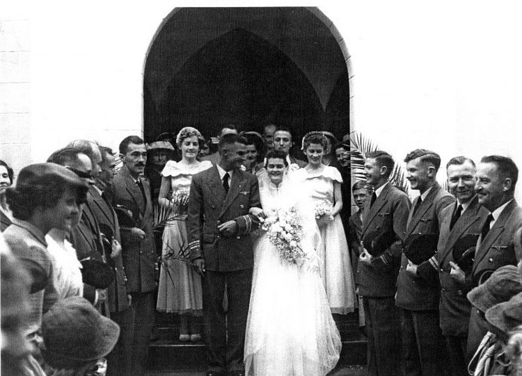 Africair_Wenela_Elizabeth_Cawker_and_Philip_Shaw_wedding-01