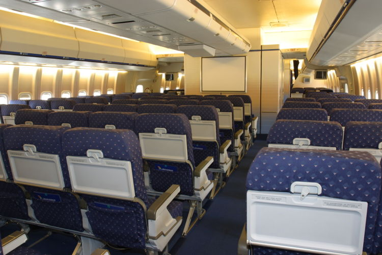 B747_ZS-SAN_Interior_of_Lebombo_from_Blaauw_brothers_8a