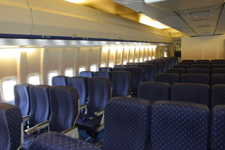 B747_ZS-SAN_Interior_of_Lebombo_from_Blaauw_brothers_9a
