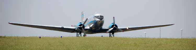 Skyclass DC-3 flight to Parys 2016 -02