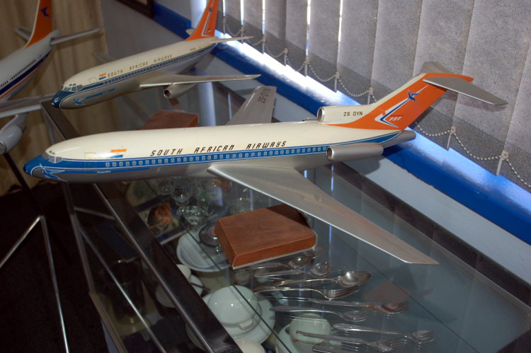South_African_Airways_Museum_display_hall_19